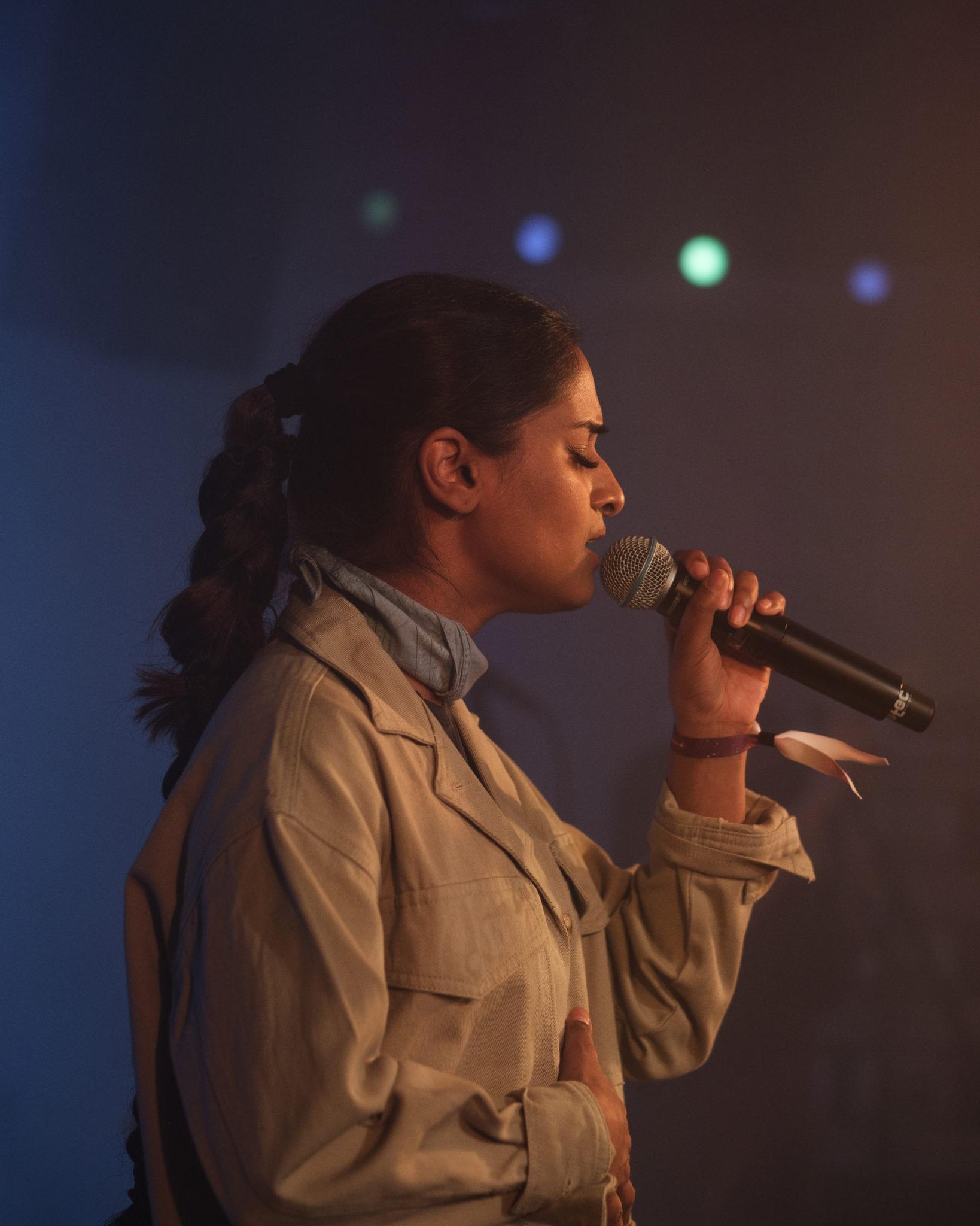 Priya-Ragu-yp-5